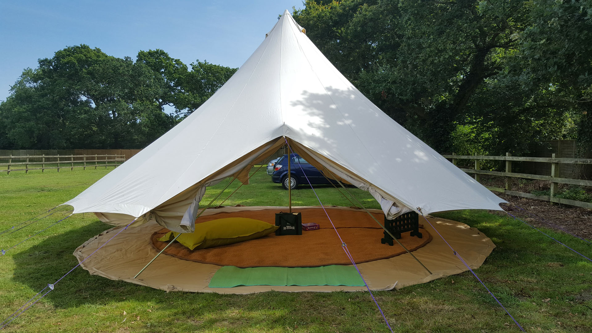7m-bell-tent-sides-rolled-up