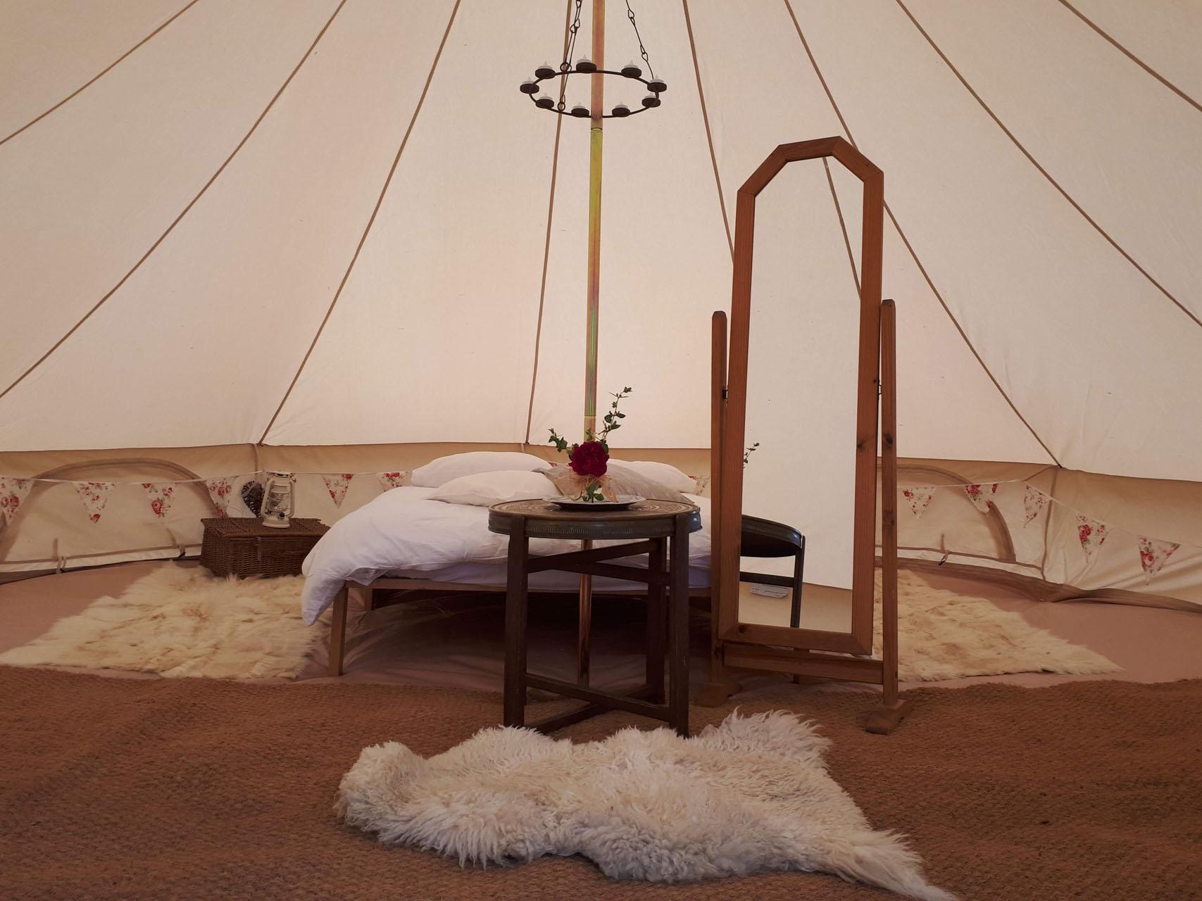 bridal_bell_tent