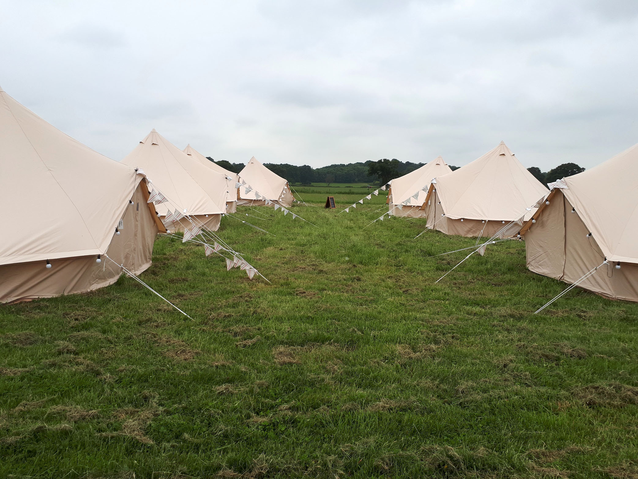 moreton-walled-garden-belltents